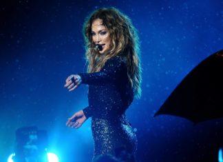 เคล็ดลับ 13 ประการที่ทำให้ Jennifer Lopez ในวัย 49 ดูอายุ 29 ปี