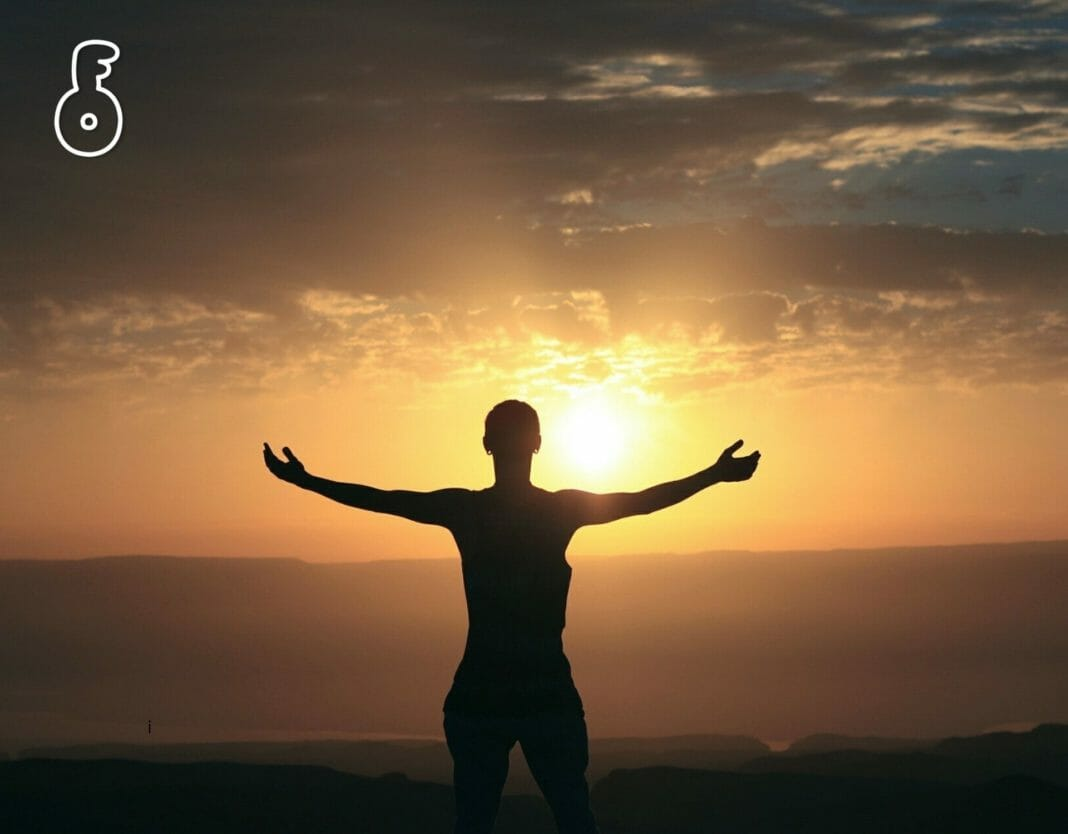 ประโยชน์ต่อสุขภาพ 8 ประการที่ได้จากการอาบแสงแดด